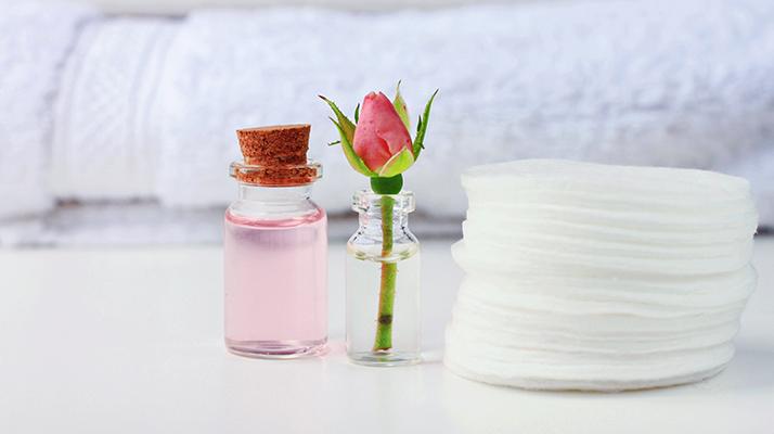 kvetinový hydrolát z ruží