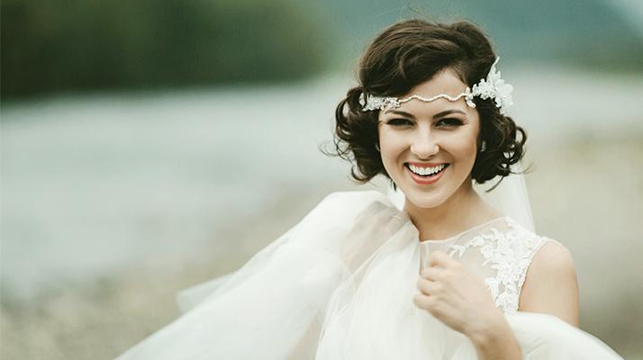 svadobný účes pre krátke vlasy